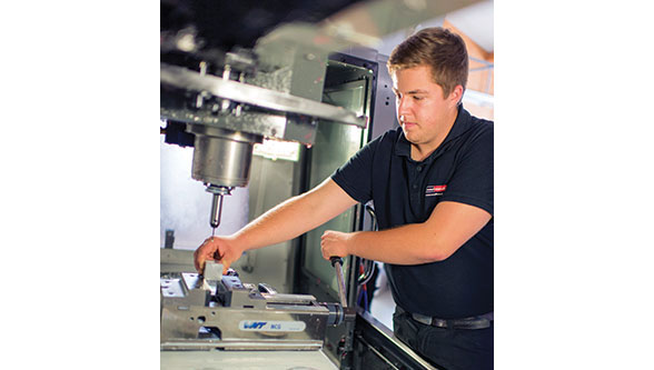 HAAS : HE303-CS boost progress for Metallmanufaktur GmbH
