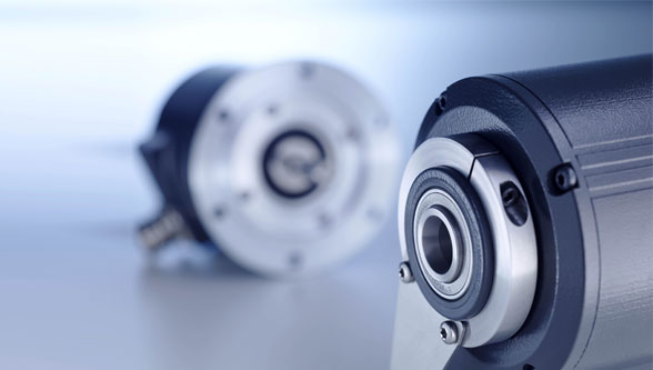 Not spoilt for choice - HeavyDuty encoders in crane and lifting applications